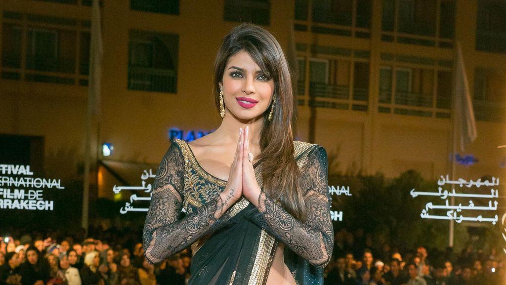 Para Bintang Bollywood Ucapkan Selamat Berpuasa