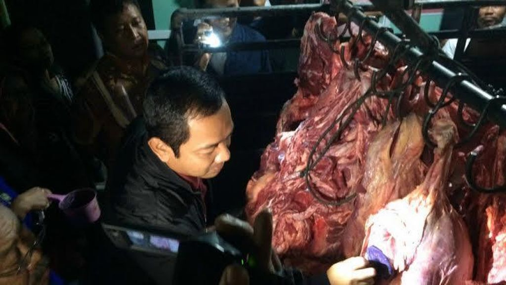 Sidak Pengecekan Daging Sapi, Wali Kota Semarang Temukan Cacing di Jeroan
