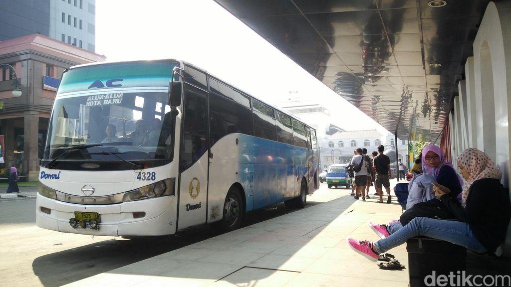 Aktivitas Dakwah di Bus DAMRI Bandung Berlangsung Sejak 2012