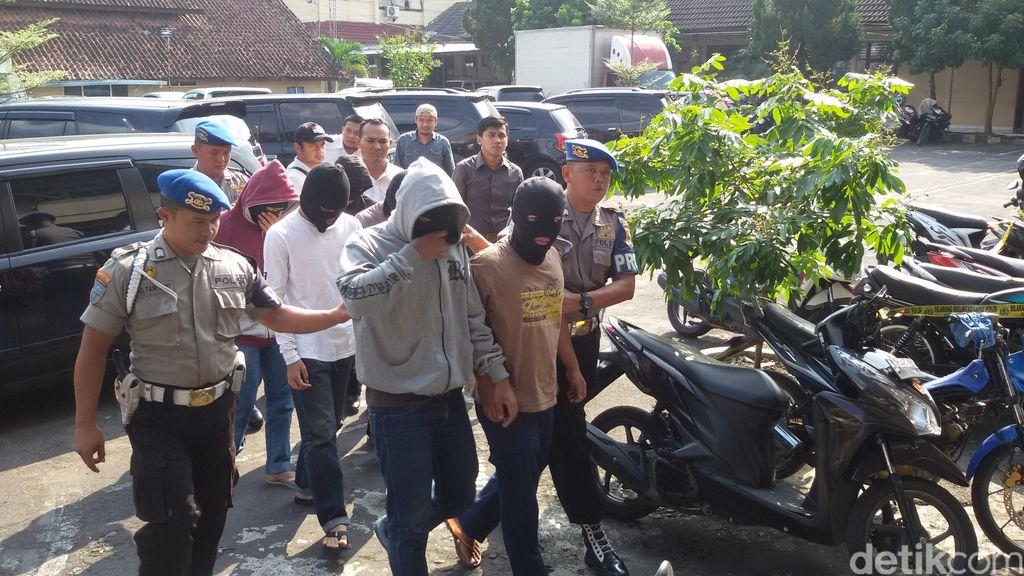 6 Anggota Geng yang Tawuran di Yogya Ditangkap, Puluhan Senjata Tajam Disita