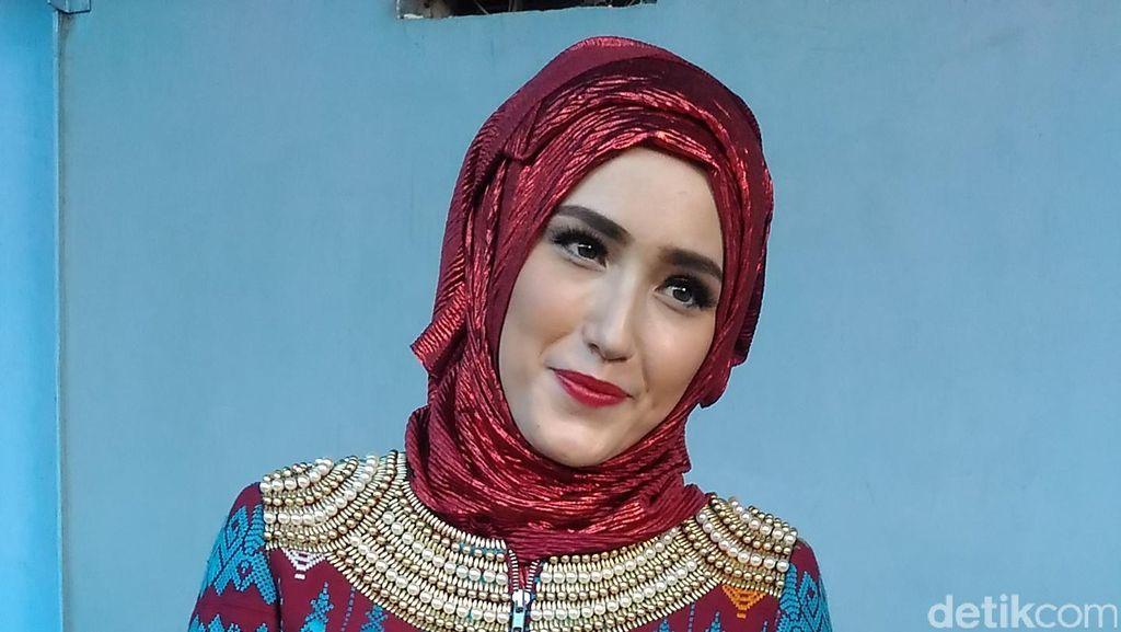 Cerita Istri Pasha yang Mantapkan Diri untuk Berhijab