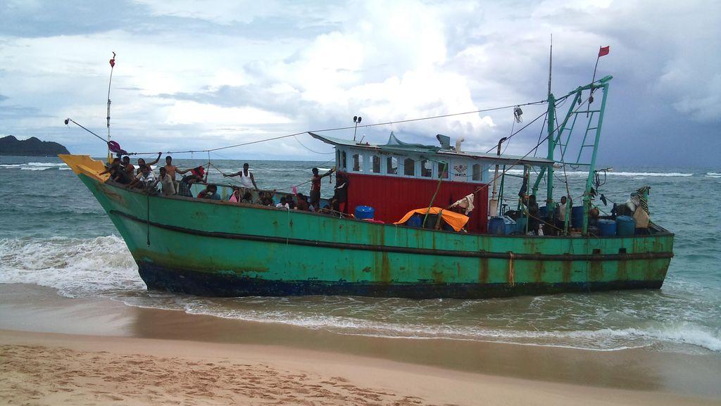 Sebelum Terdampar di Aceh, 44 Warga Etnis Tamil Sudah 20 Hari di Laut