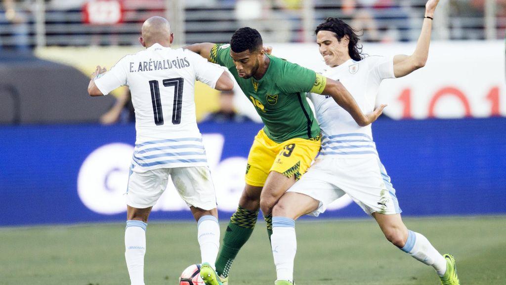 Uruguay Akhiri Langkah dengan Kemenangan 3-0 atas Jamaika