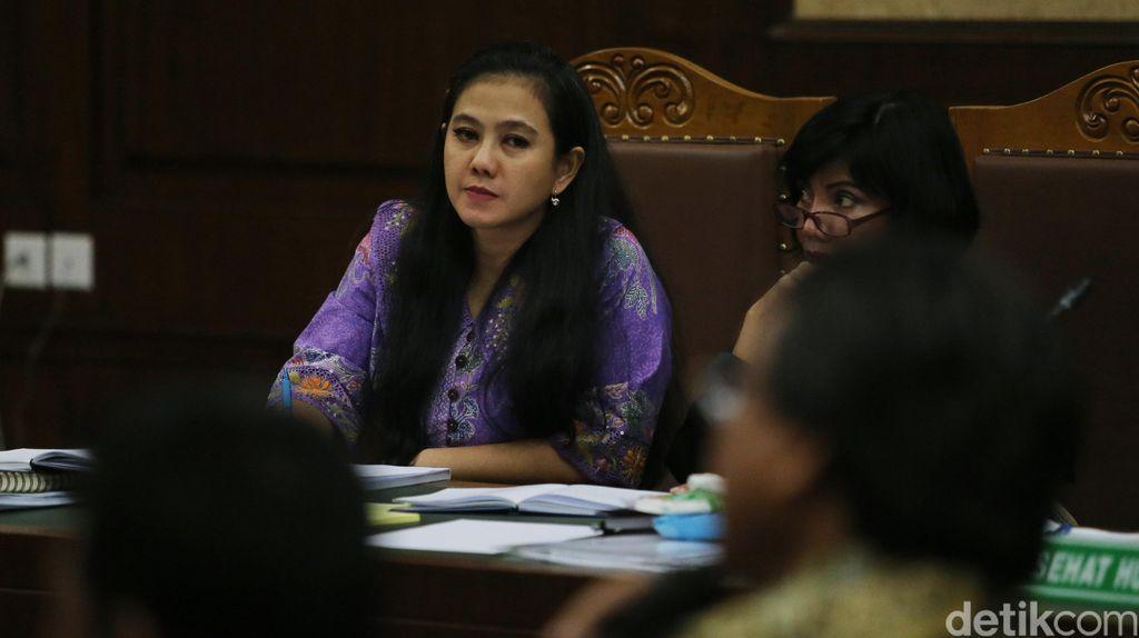 Jaksa Juga Minta Hak Politik Damayanti Dicabut