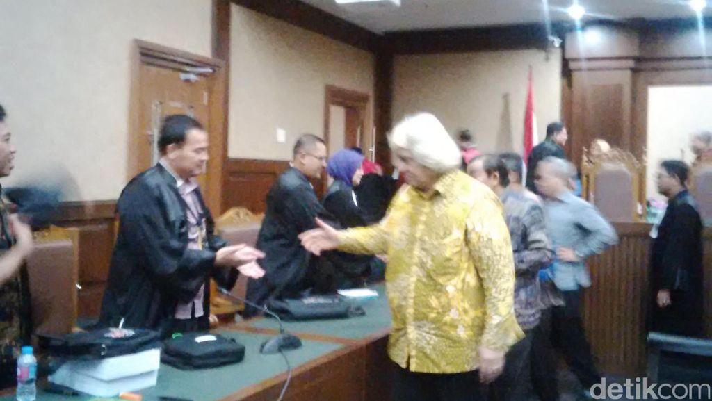 Terima Uang Ketok, 4 Pimpinan DPRD Sumut Divonis hingga 4,5 Tahun Penjara