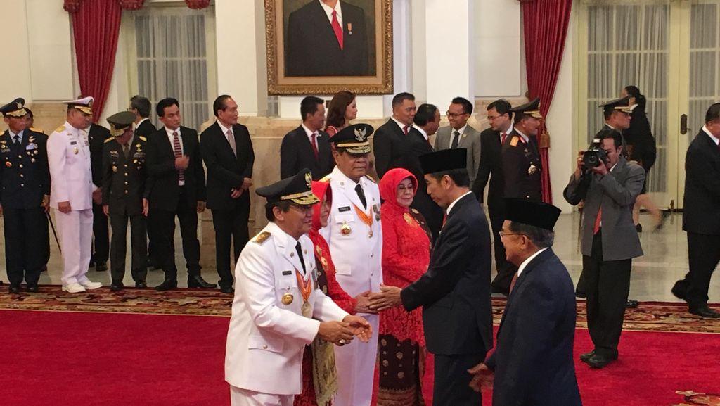 Jokowi Lantik Longki Djanggola dan Sudarto Jadi Gubernur Sulteng di Istana