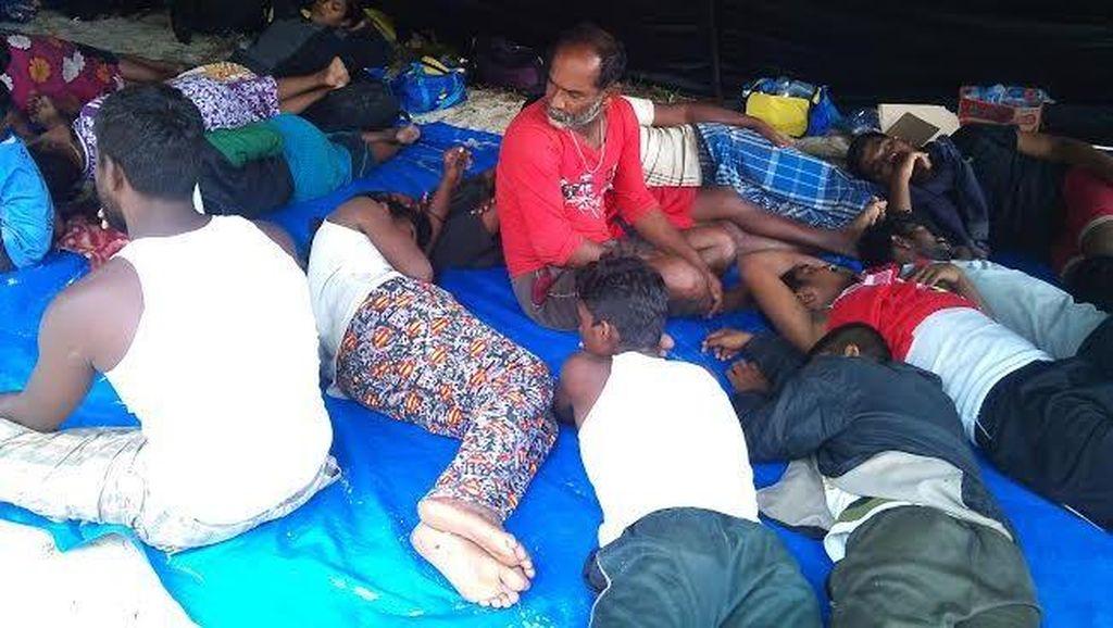 Seminggu di Atas Kapal Terdampar di Aceh, 44 Warga Etnis Tamil Diizinkan Turun