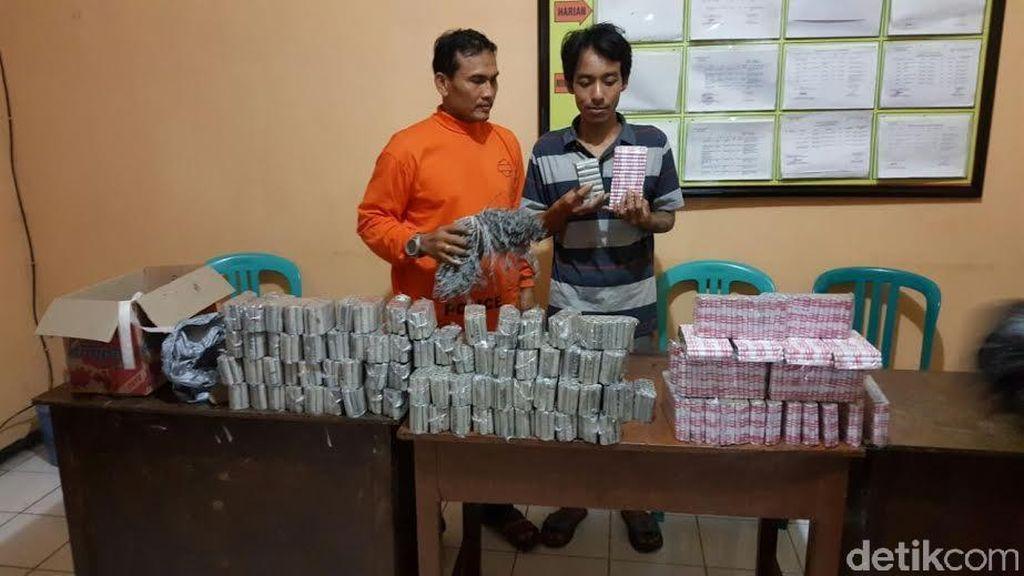 3.420 Petasan Disita dari Penggerebekan di Jombang