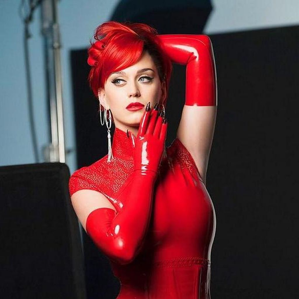 Reza Tahu Perilaku Seks Gatot, Katy Perry Ditangkap Polisi