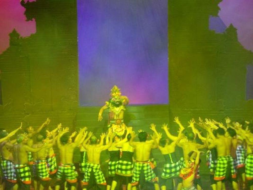 Tari Kecak, Atraksi Paling Populer di Bali yang Mendunia