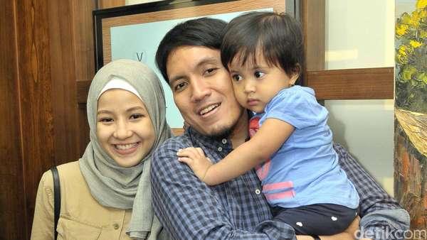 Natasha Rizki dan Desta Siap Sambut Anak Kedua