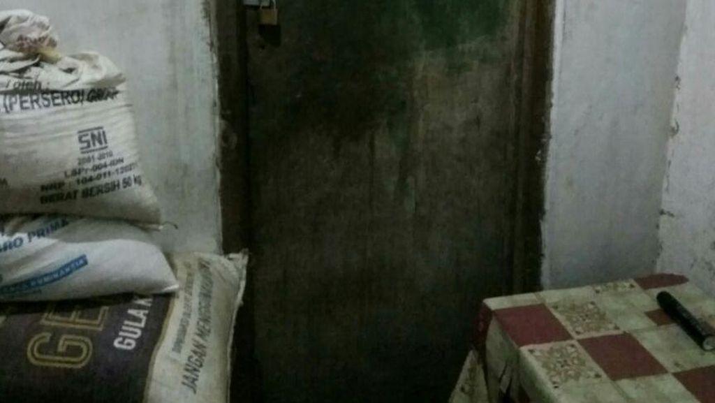 Begini Keadaan Kamar yang Digunakan Supri untuk Simpan Mayat Ibunya