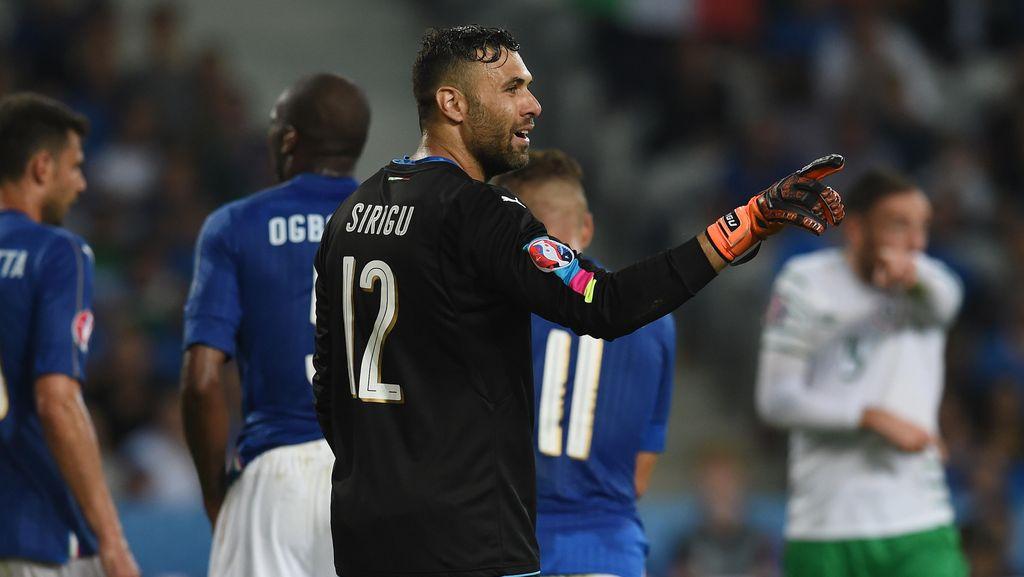 PSG Pinjamkan Sirigu ke Sevilla