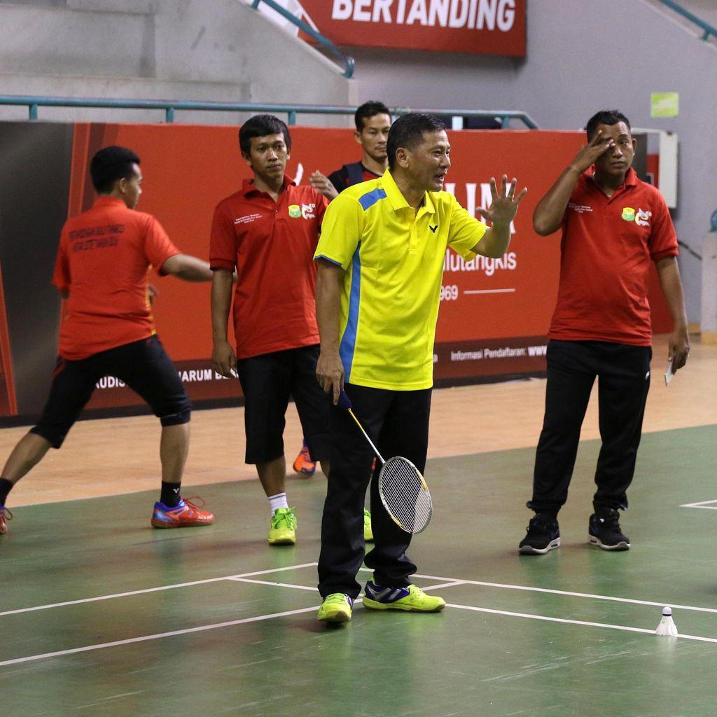 Di Palembang, Hendry Saputra Berbagi Rahasia Melatih Ihsan, Jonatan, dan Anthony