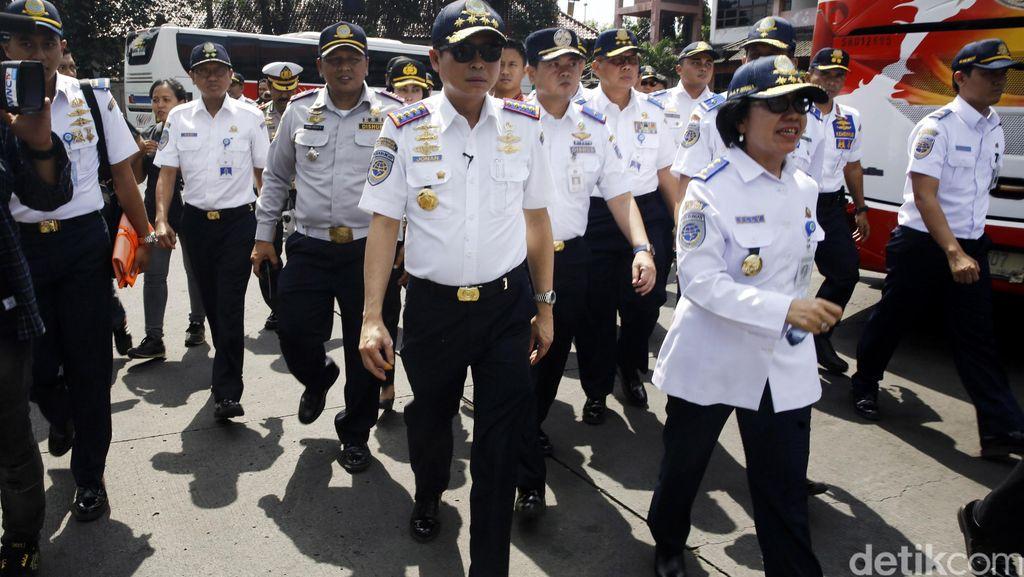 Oknum TNI Bercanda Bawa Bom, Menhub: Siapapun Harus Diproses