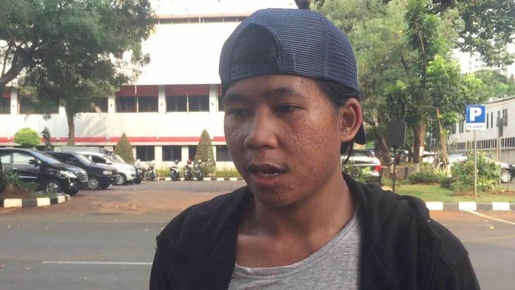 Dibebaskan Usai Ditangkap di GBK, Anak Kuliahan ini Mengaku Tak Ikut Rusuh