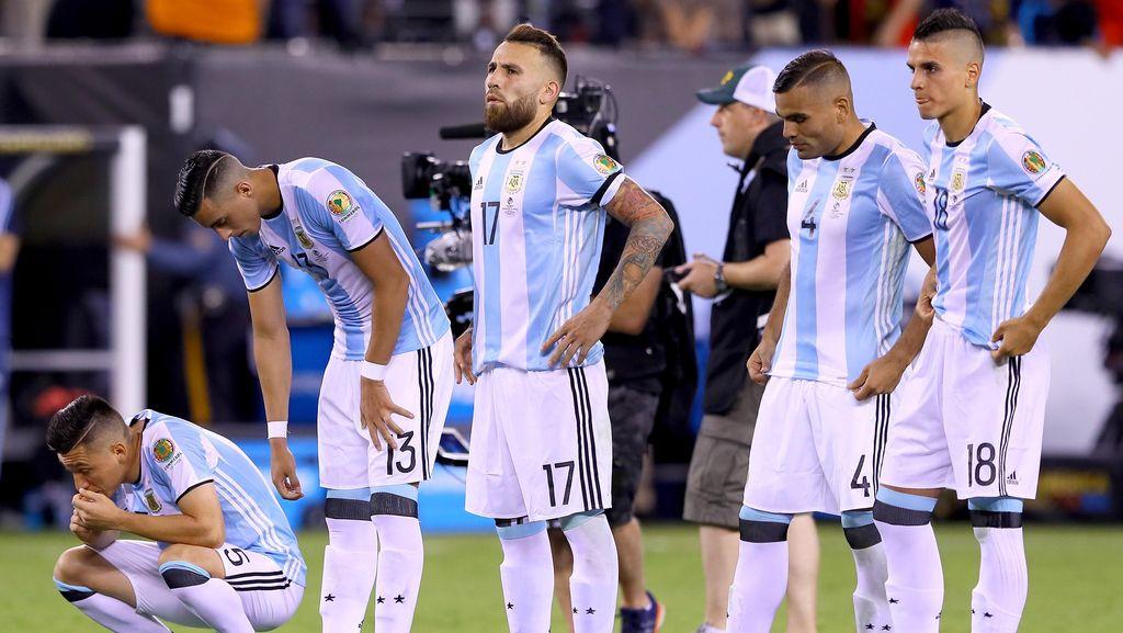 Argentina Kalah Lagi di Final, Martino: Rasa Sakitnya Terlalu Besar