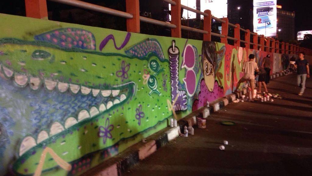 Wali Kota Risma Berharap Surabaya Punya Destinasi Wisata Mural