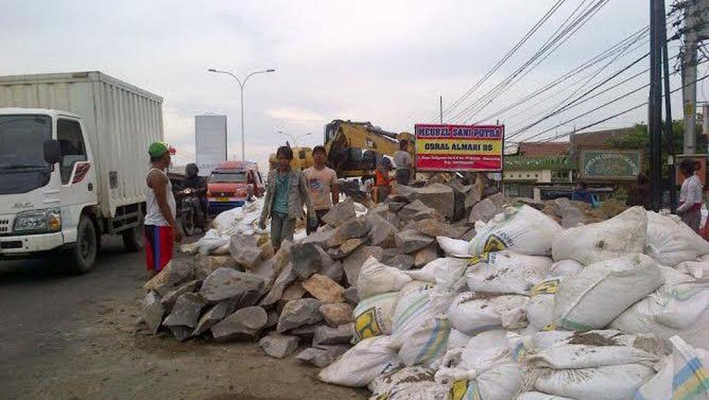 Karung Pasir dan Pompa Air Kurangi Rob di Pantura Semarang