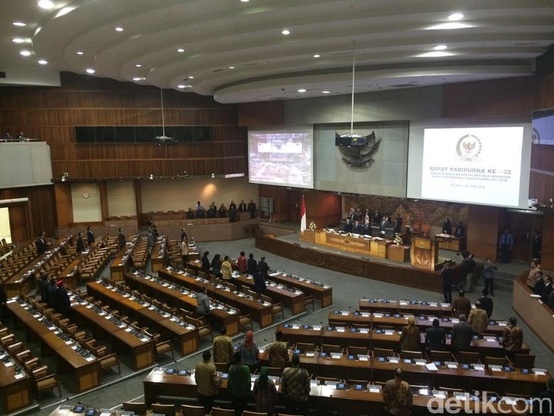 Paripurna Tax Amnesty Alot: PDIP Minta Ditunda, PKS Desak Voting