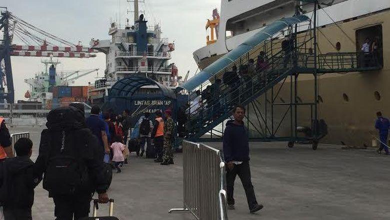 Jumlah Pemudik di Pelabuhan Tanjung Priok Menurun