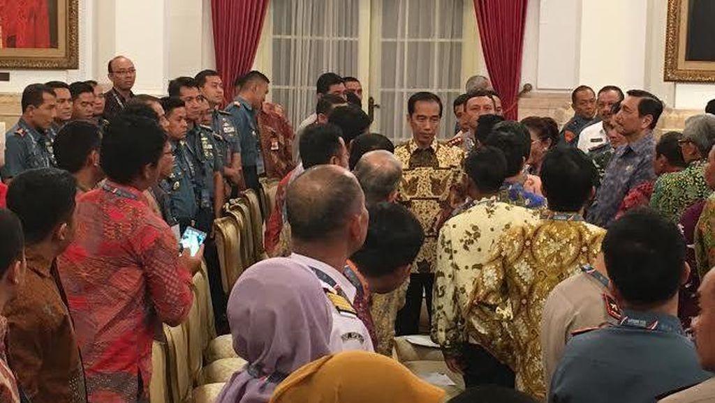 176 Kapal Pencuri Ikan Ditenggelamkan, Jokowi: Angka yang Sangat Besar Sekali