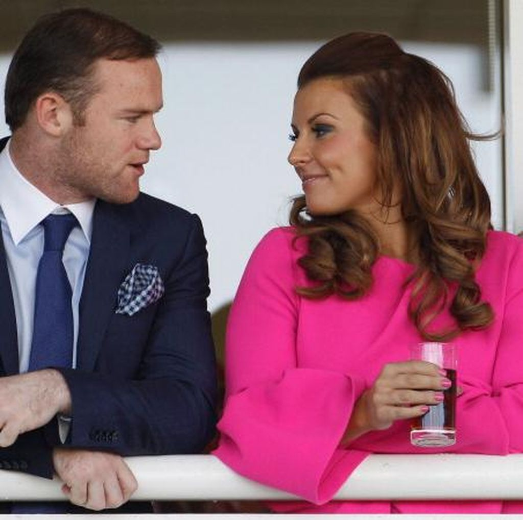 Piala Eropa Sudah Usai untuk Inggris, Rooney pun Liburan