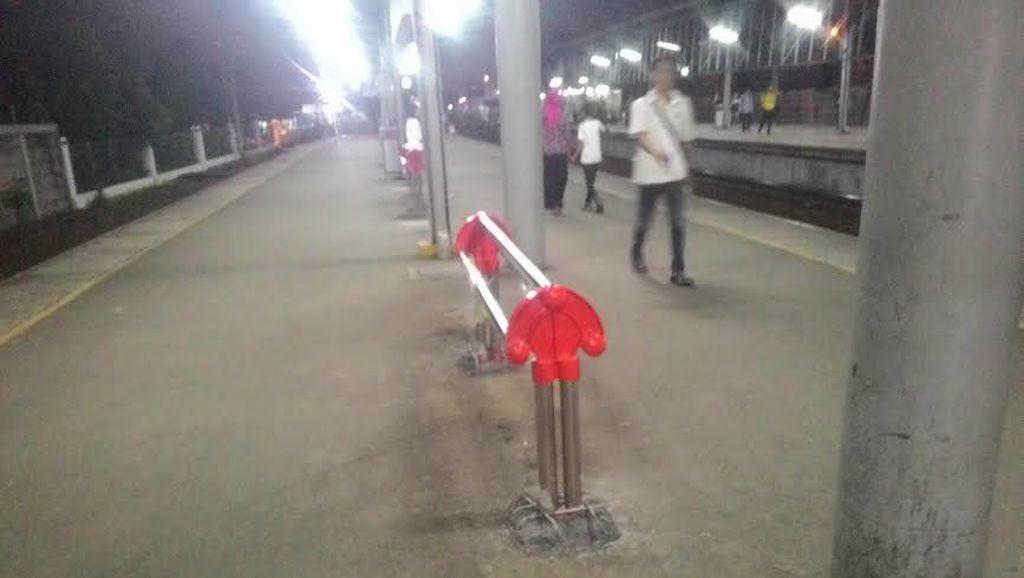 Dirut KCJ Soal Kursi Jemuran di Peron Stasiun: Jangan Ribut Hal Kecil