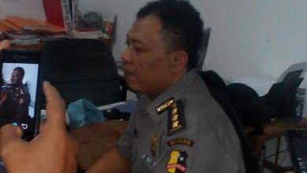 Tega Nian Sugiharto, Mengaku Polisi Pangkat Kombes dan Tipu Siti Rokaya