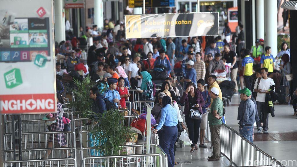 AP II Perketat Pengawasan di Terminal Internasional Bandara Soekarno-Hatta
