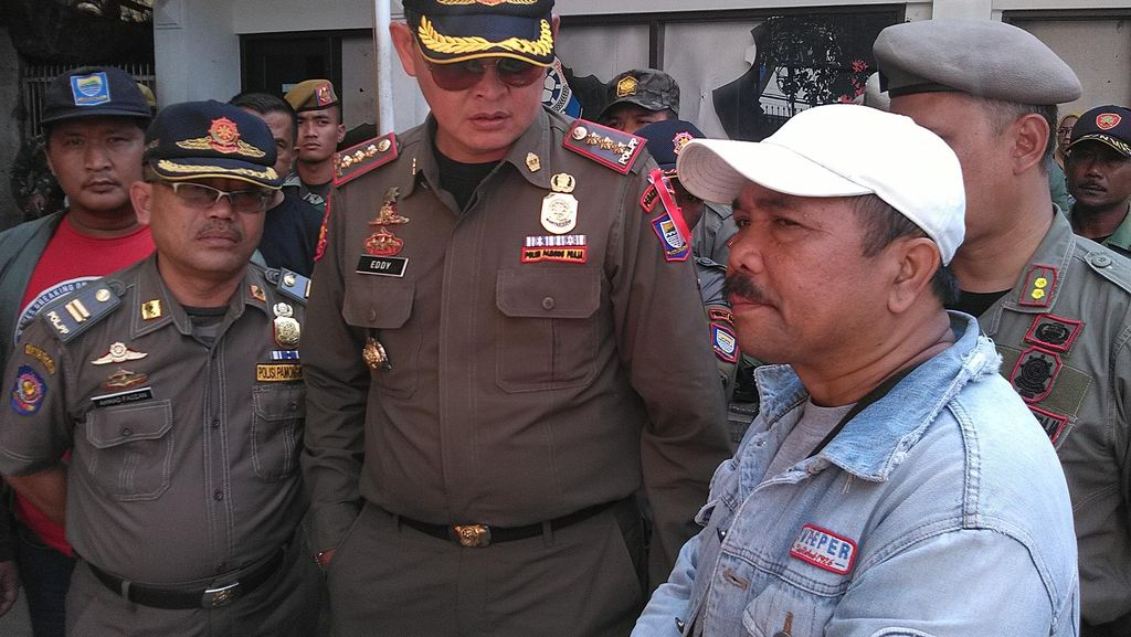 Markas Satpol PP Bandung Dijaga 250 Personel, 76 di Antaranya dari TNI