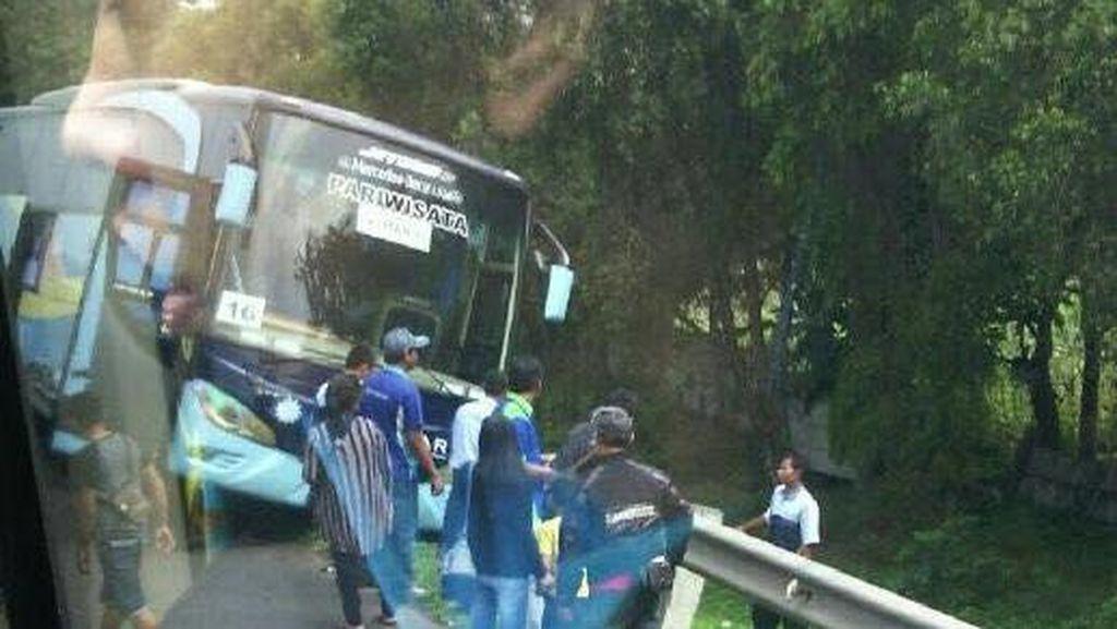 Sempat Kecelakaan, Pemudik Bus Demokrat Tetap Lanjutkan Perjalanan