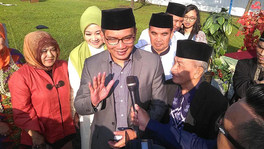 Ridwan Kamil Sindir Desentralisasi Setengah Hati Soal Proses Pembuatan e-KTP