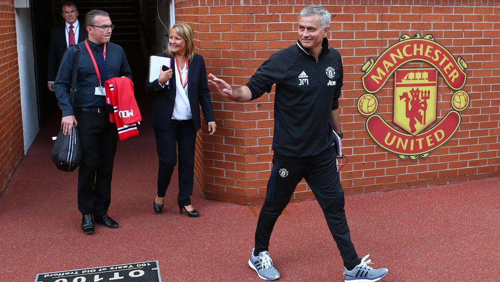 Mourinho Ingin Langsung Bawa MU Juara Premier League