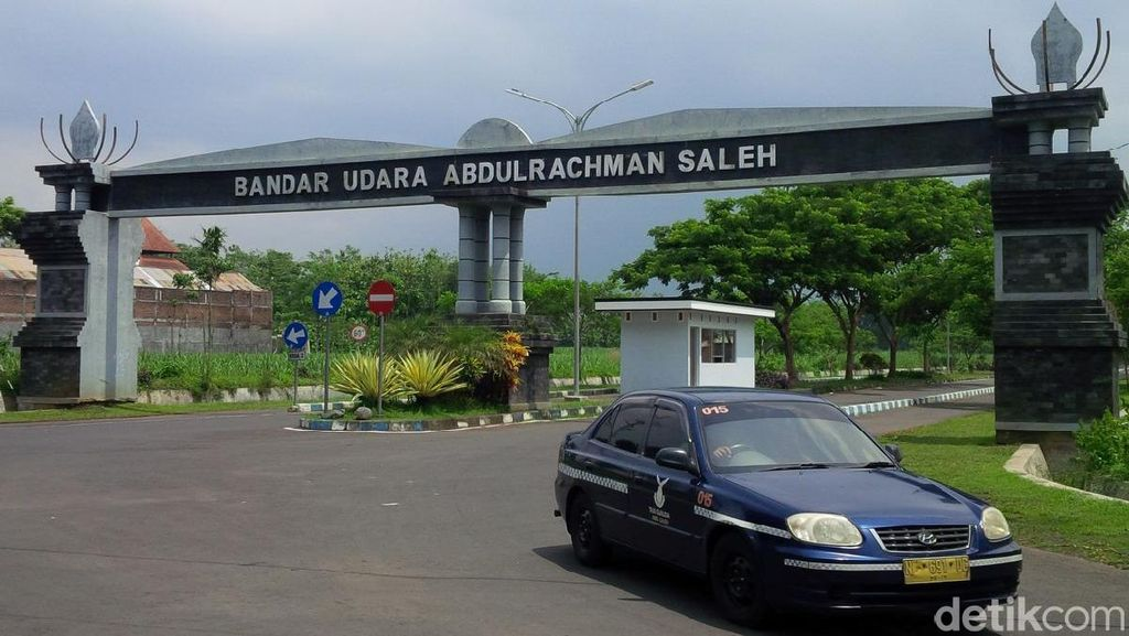 Bandara Abdulrachman Saleh Malang Dibuka Kembali Meski Bromo Masih Erupsi