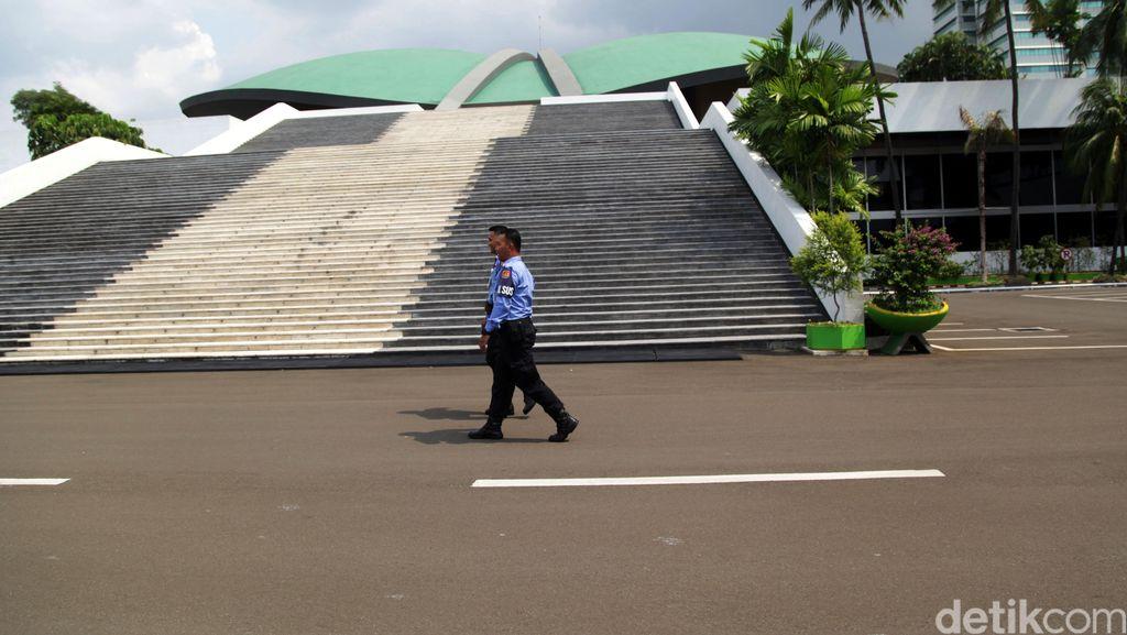 Fraksi Partai Golkar Merotasi Posisi Ketua Komisi Bidang Keuangan di DPR