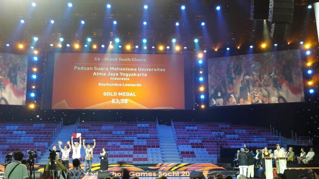Paduan Suara Mahasiswa Yogyakarta Raih 2 Medali Emas di Rusia