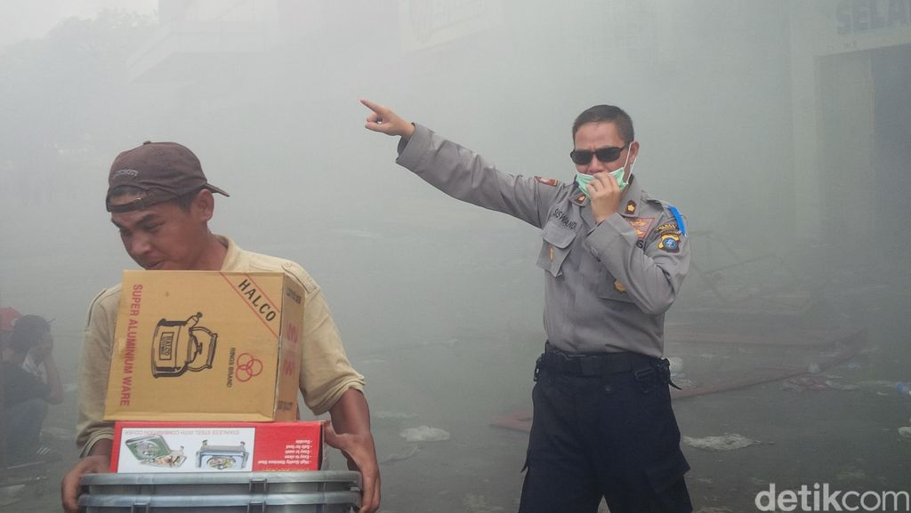 Lapak Ludes Terbakar, Pedagang Pasar Aksara Medan Kebingungan