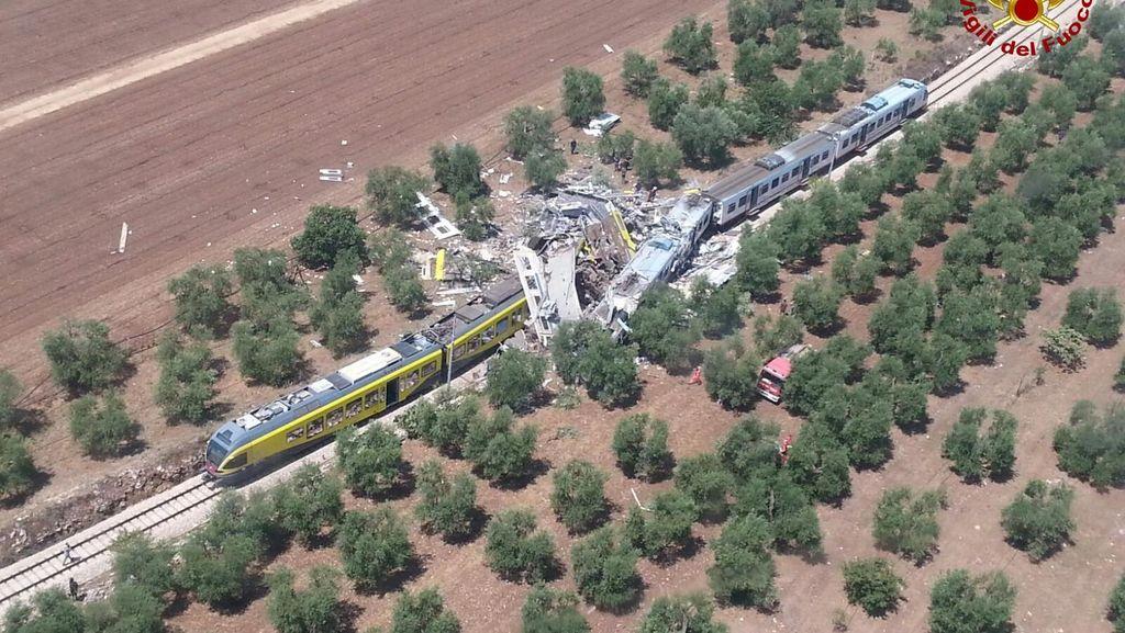 Tabrakan 2 Kereta Renggut 27 Nyawa, PM Italia Perintahkan Penyelidikan Penuh