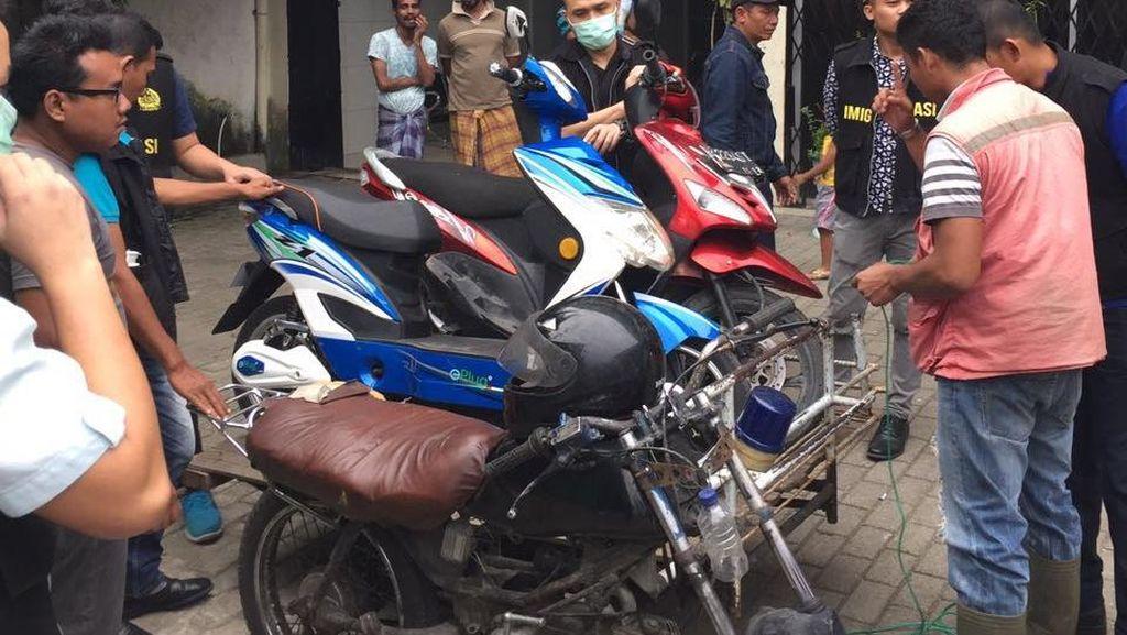 Pantau Penampungan Pengungsi WNA, Imigrasi Medan Amankan 4 Sepeda Motor