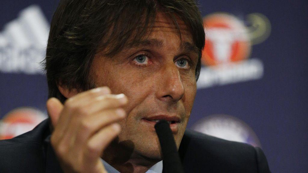 Conte Bahas soal Bursa Transfer yang Gila-gilaan