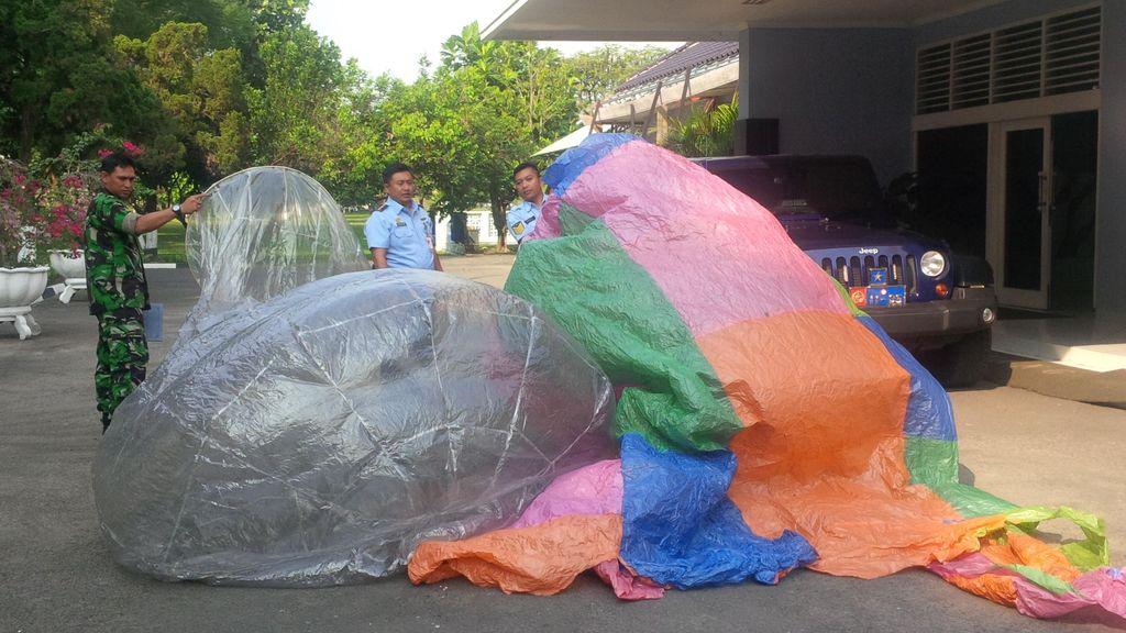 3 Balon Udara Jatuh di Yogyakarta, Begini Penampakannya