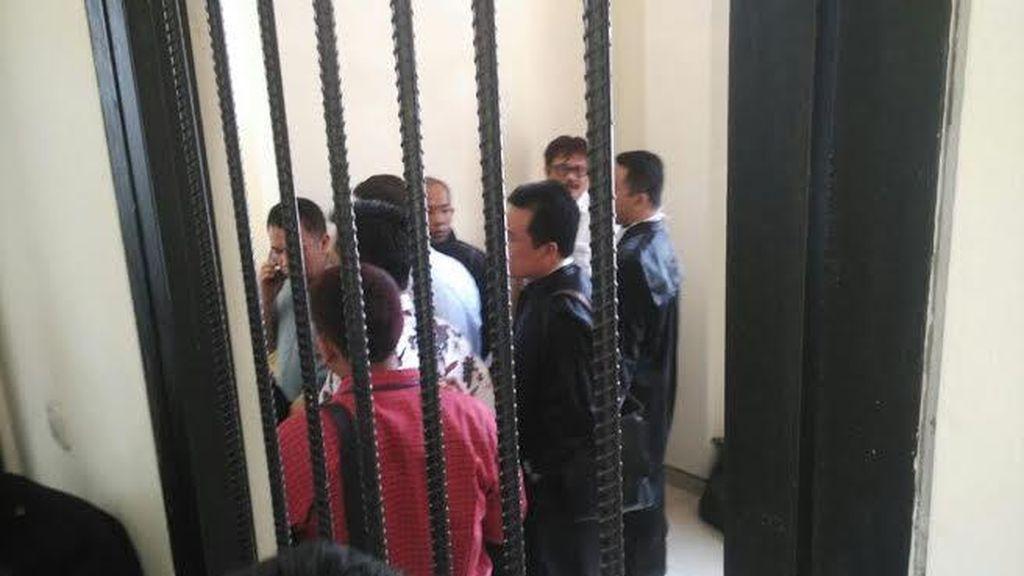 Tim Advokasi Ajukan Penangguhan Penahanan Tiga Komisioner Bawaslu Jatim