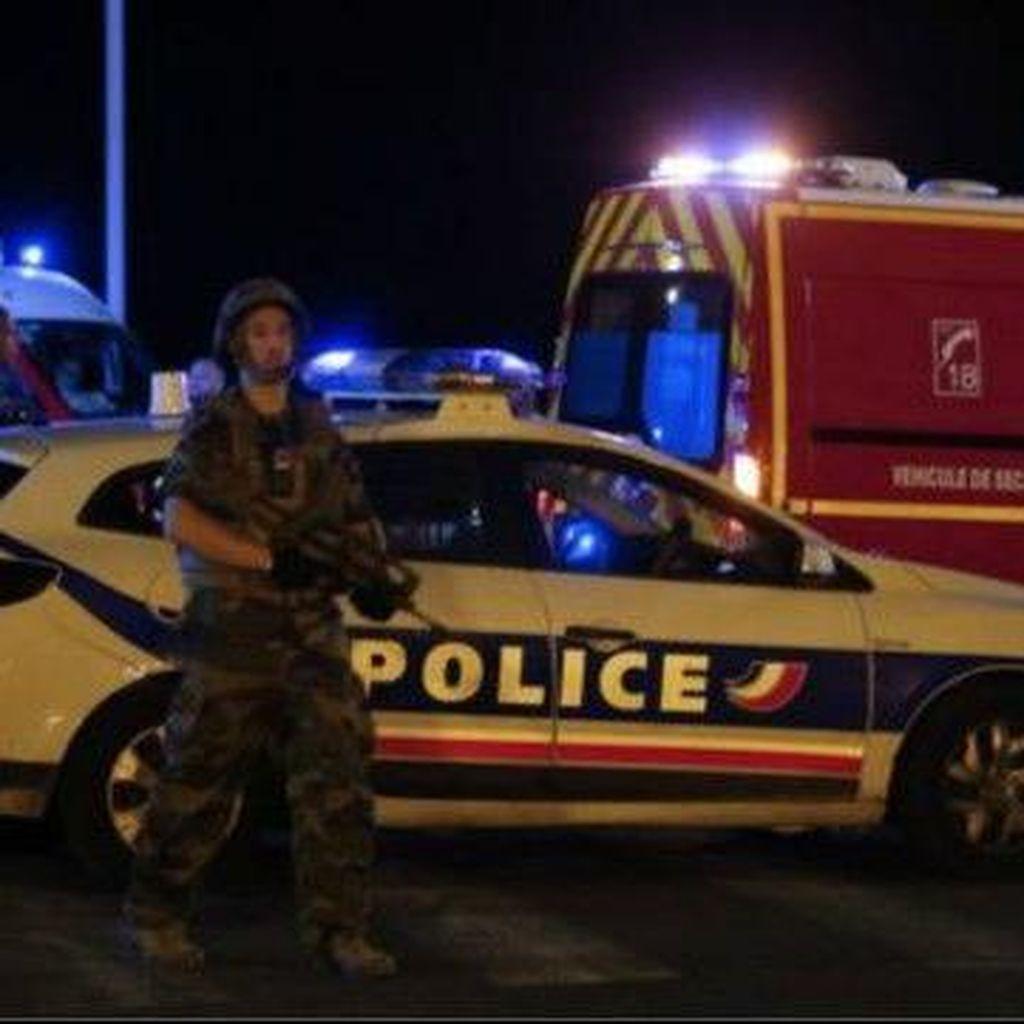 Empat orang ditahan terkait serangan Nice