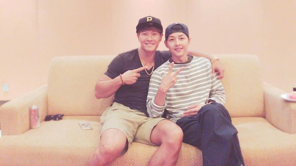 Foto Kim Jong Kook dan Song Joong Ki Ini Bikin Kangen Running Man Zaman Dulu!