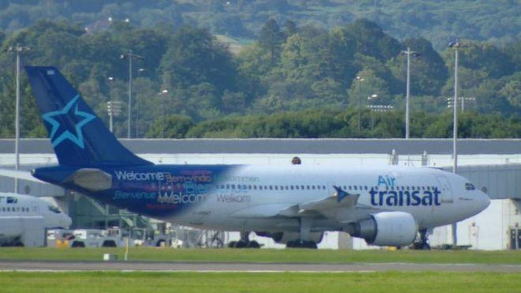 Diduga Mabuk, 2 Pilot Air Transat Ditangkap di Skotlandia