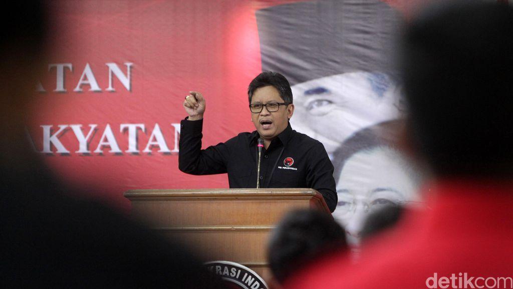 Sekjen PDIP: Kader Banteng Harus Siap untuk Ditugaskan ke Daerah Pelosok