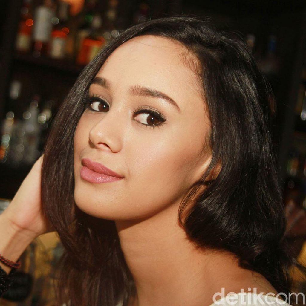 Brianna Simorangkir Manis Banget!