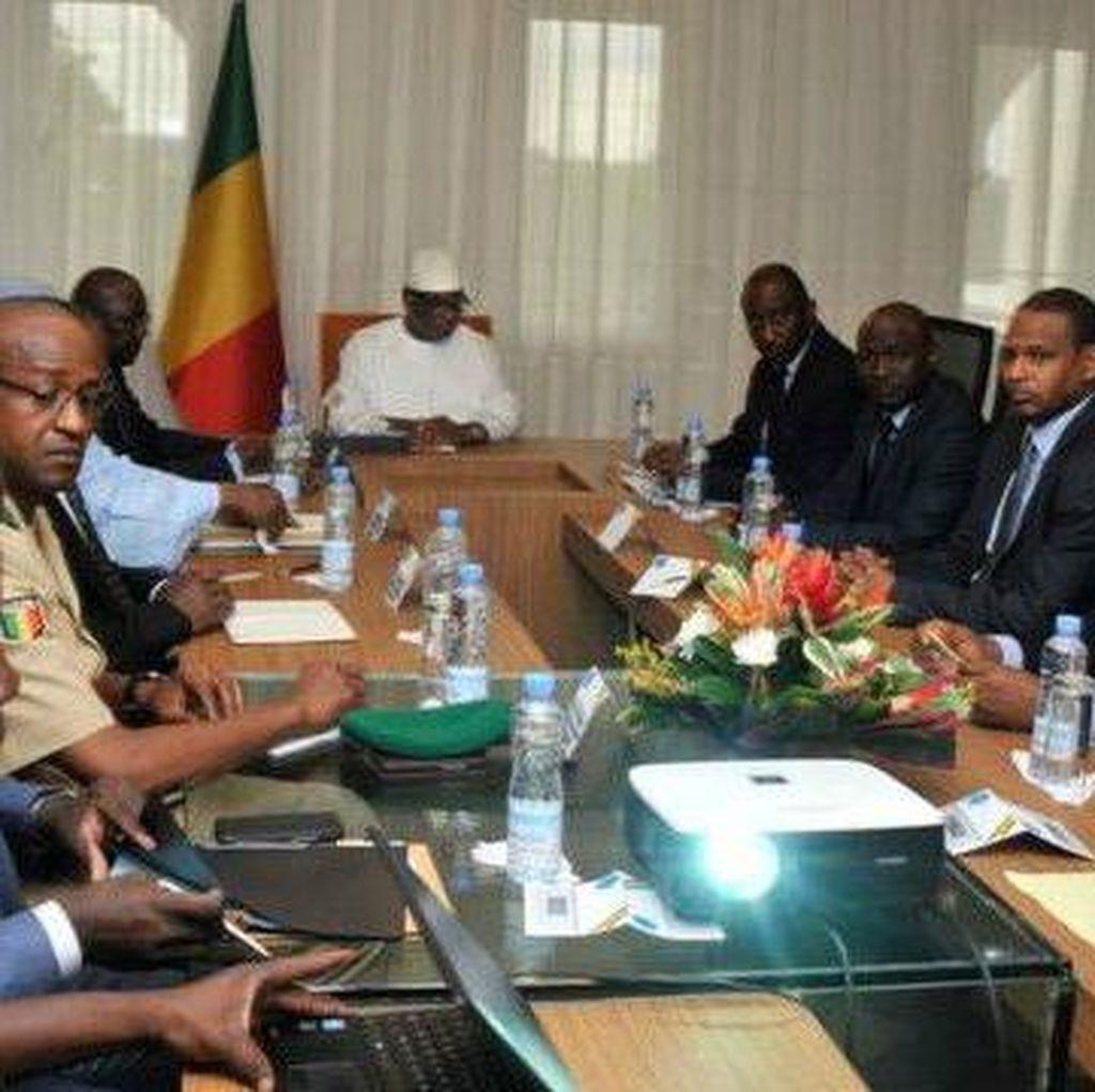 Pangkalan Militer Mali Diserbu, 17 Orang Tewas