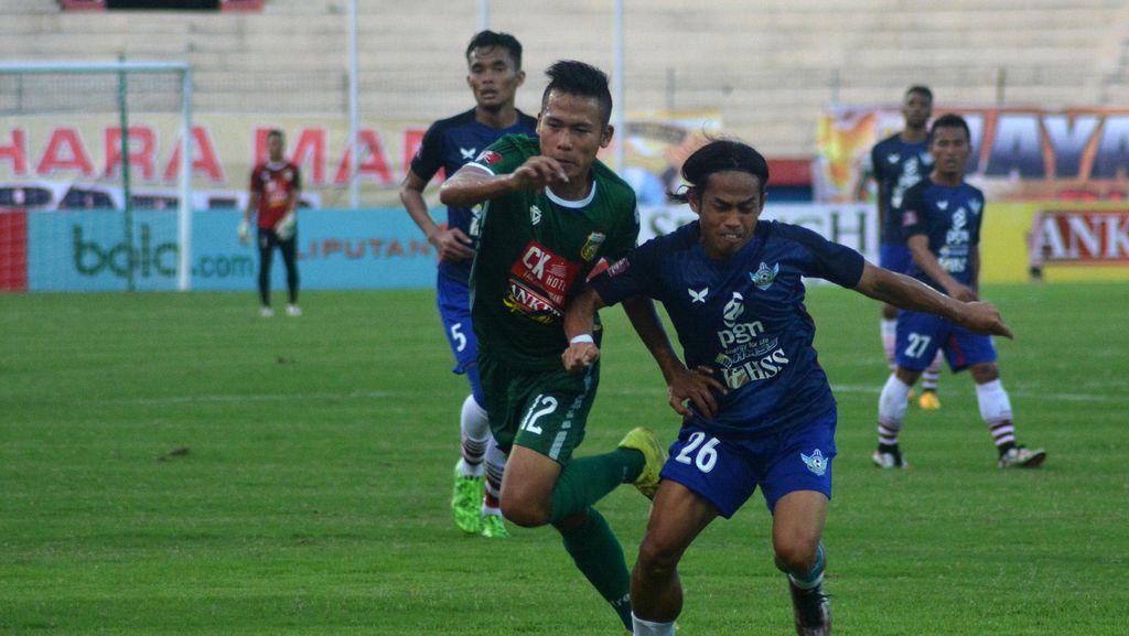 Persib Taklukkan Persipura di Stadion Mandala, Surabaya United Kalahkan Gresik United